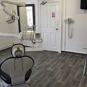 crewe-dental-care-dentist-chair