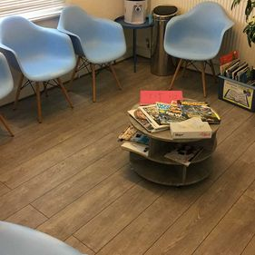 crewe-dental-waiting-room-chairs
